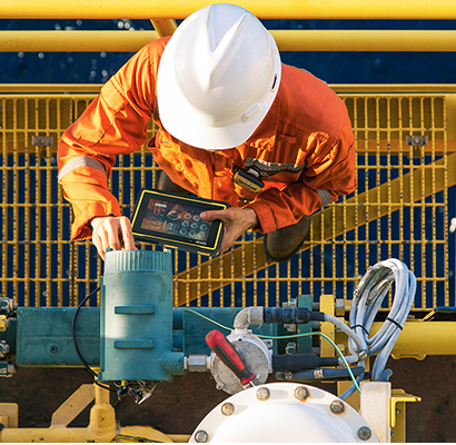 Choosing rugged devices with high processing power to run applications help ensure worker safety